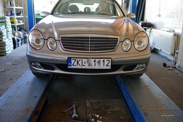 Zajęcie przedstawiające zakład mechanik pojazdowej AUTO REANIMACJA w Kołobrzegu